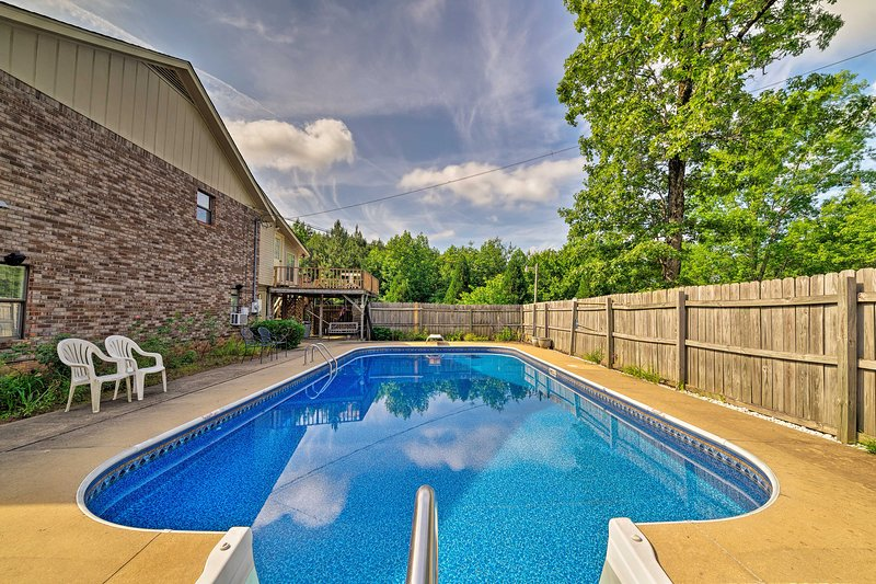 Columbus House w/ Pool & Balcony, 4 Mi to Downtown, vacation rental in Columbus
