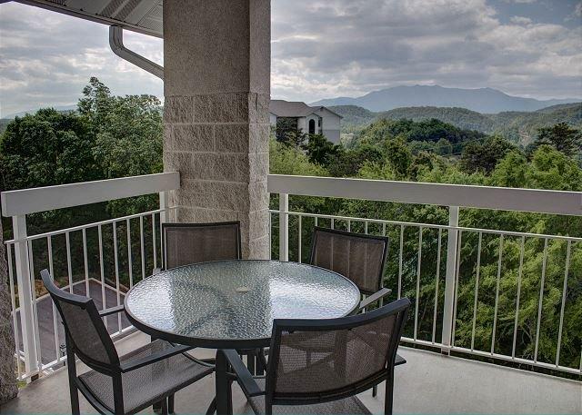 Beautiful Views Whispering Pines 452-2 Bedroom Vacation Rental