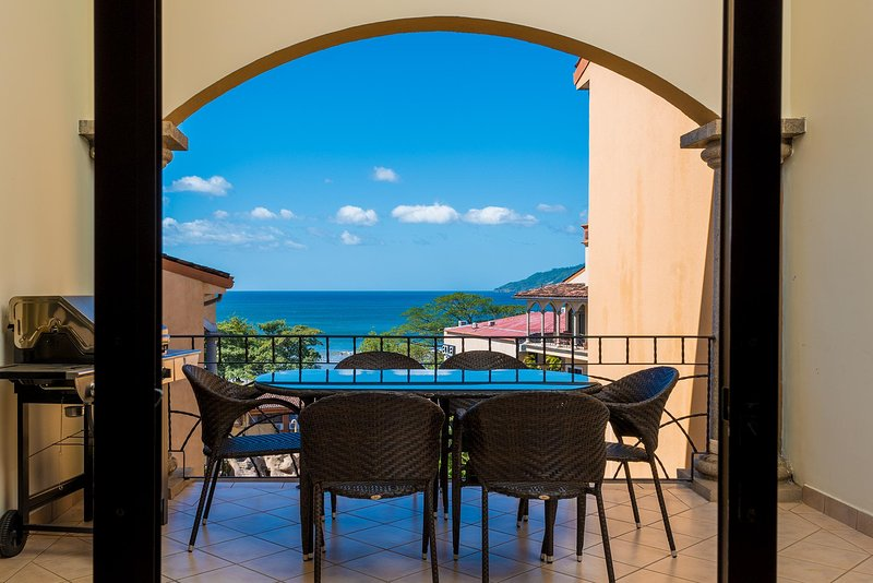 Sunrise 20-Ocean view 3 BR penthouse, ocean and sunset views