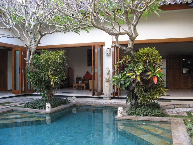 Villa Taman Rahasia, holiday rental in Kerobokan Kelod