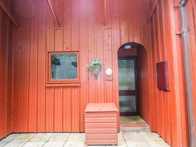 ROWAN LODGE, quiet and peaceful, balcony, Pembrokeshire., alquiler de vacaciones en Llanteg