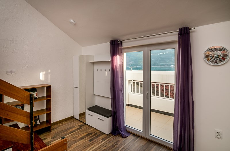 Modern Apartament Duluanti Igalo/Herceg Novi, casa vacanza a Igalo