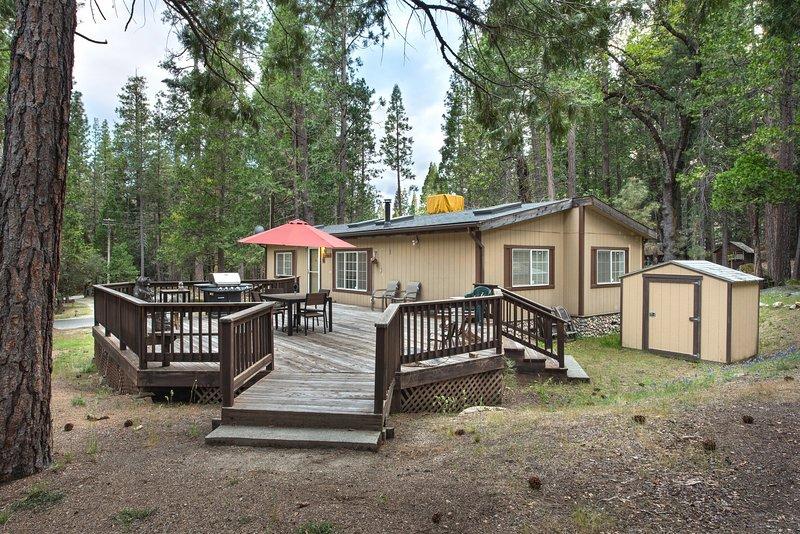 Rosenberg's Creekside Cabin