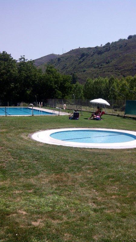 Públicas piscina a 500 metros da casa