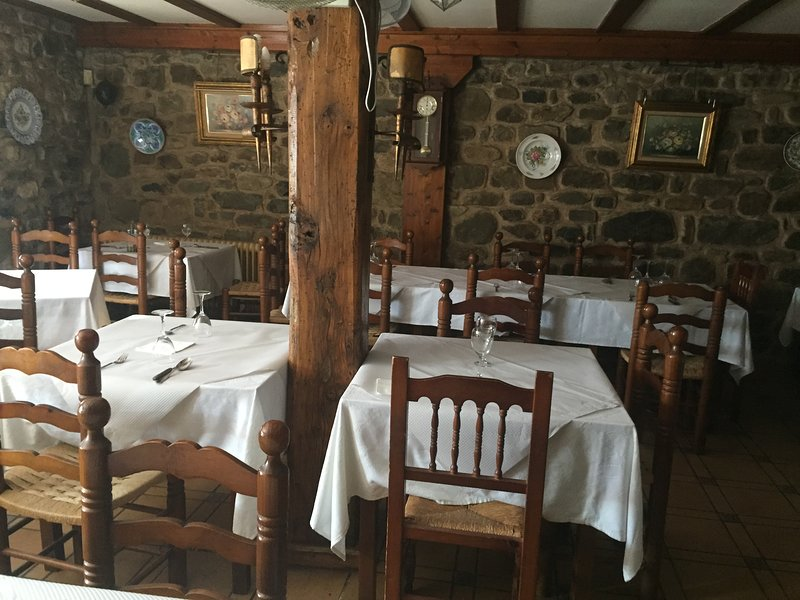 Restaurant 500 meters from the house-San Roman de Cameros
