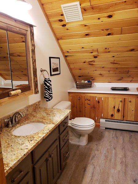Boven complete badkamer