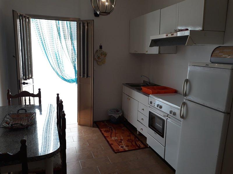 Kitchen with external light well