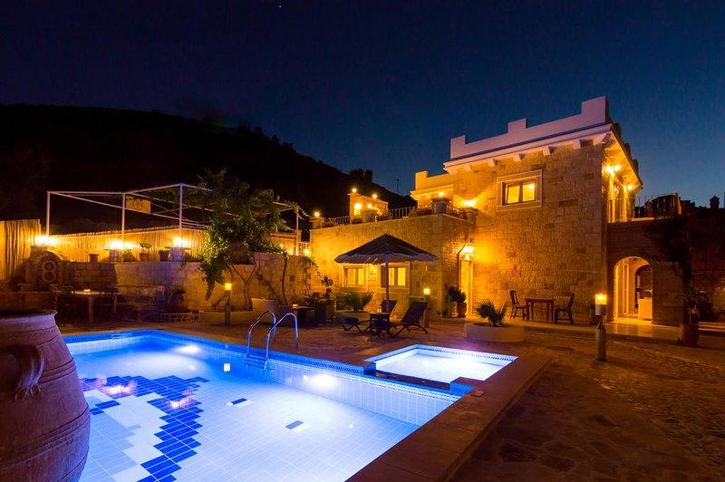 villa nikolas -south crete, vacation rental in Vori