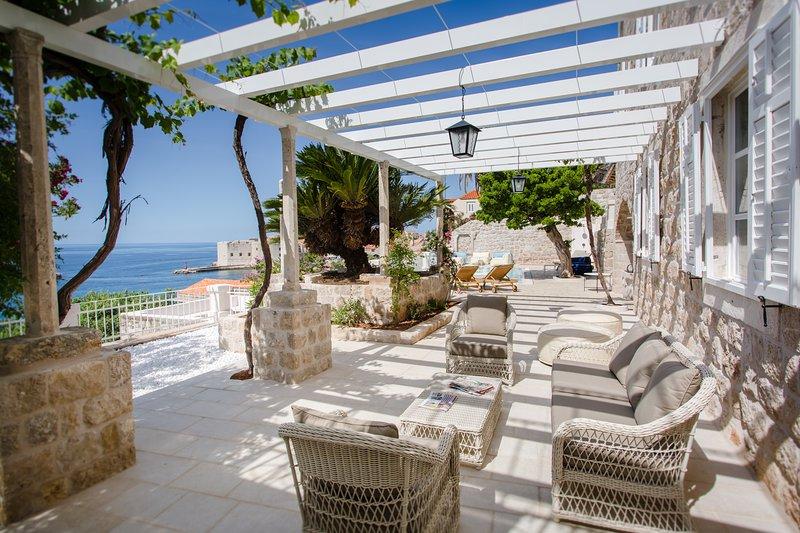 Villa Beba Dubrovnik, vacation rental in Dubrovnik