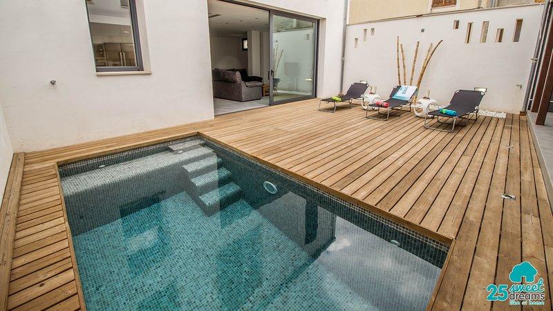 Sa tau preciosa casa moderna para 7 personas con piscina for Casa rural para cuatro personas con piscina