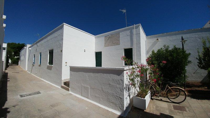 Villa Meridiana Conca Specchiulla, location de vacances à Frassanito
