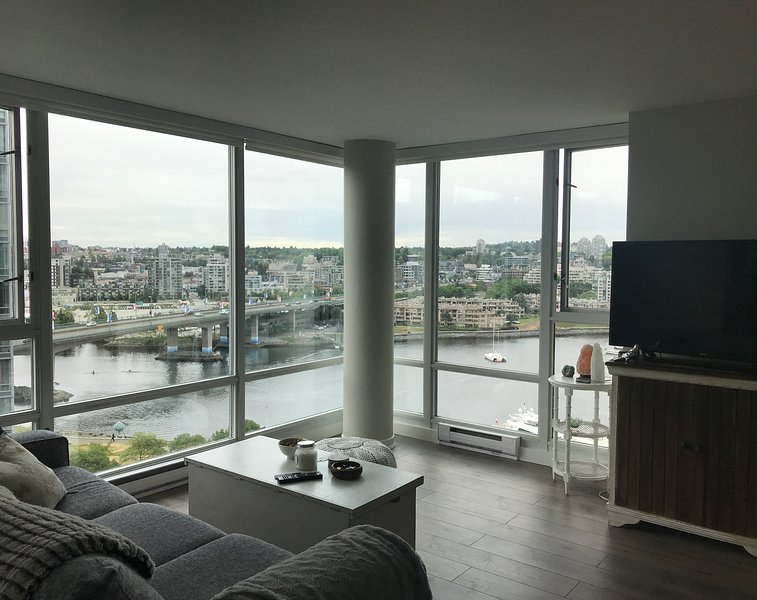 updated 2019 water view water front yaletown apartment holiday rh tripadvisor ca