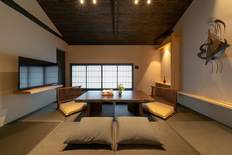 NEW! Cozy & Traditional x 15 min walk to KIYOMIZU TEMPLE, Ceramic District, location de vacances à Kyoto