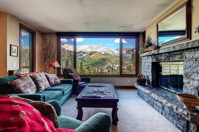 Turn on the fireplace, put your feet up, and count your blessings as you marvel at those views.