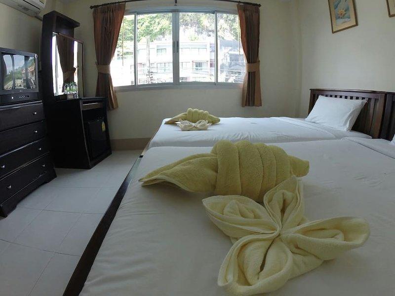 Sleep Inn, Closed to Aonang beach, holiday rental in Railay Beach