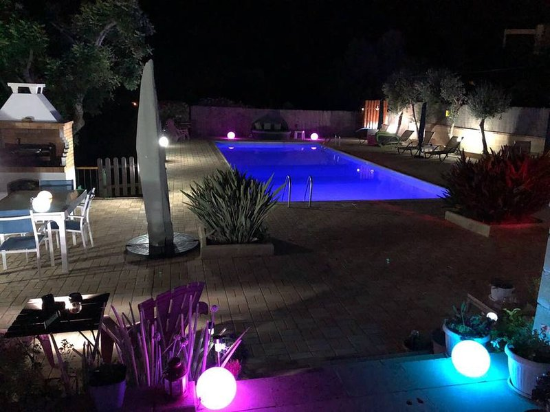 Studio für 2-4 Personen, vacation rental in Peyia