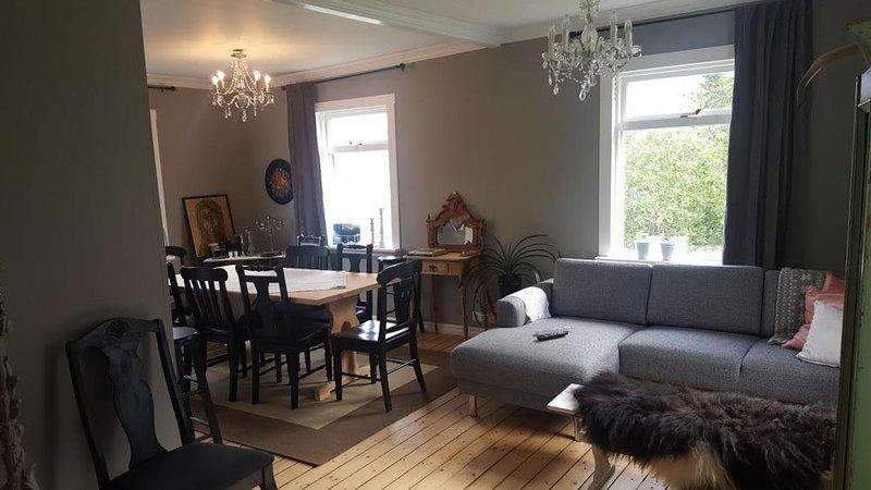 Landakot Apartment in Siglufjordur, holiday rental in Olafsfjordur
