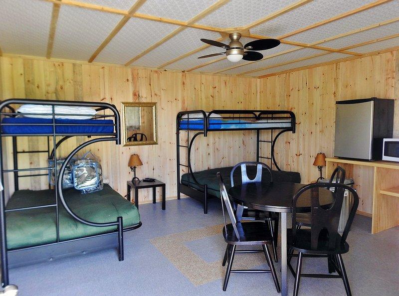 WildExodus Yurt Cabin, aluguéis de temporada em Timmins