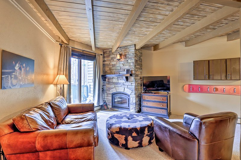 Silverthorne Condo Near Skiing, Hiking & Lake, location de vacances à Silverthorne