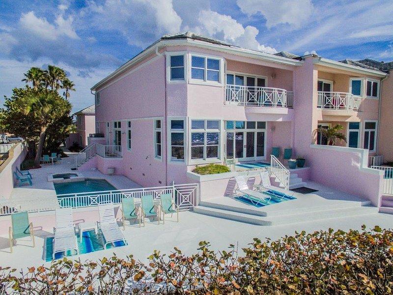 Vue de la Belleair Beach House de la plage.