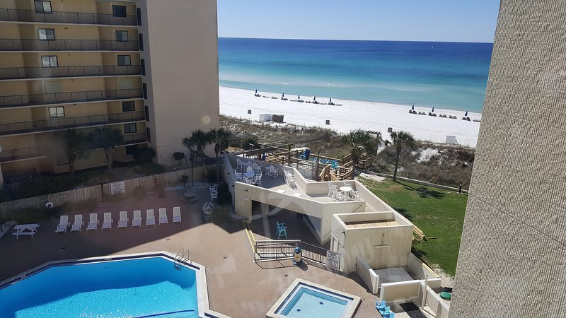 Ocean-View Unit in Prime Location on the Beach, holiday rental in Panama City Beach