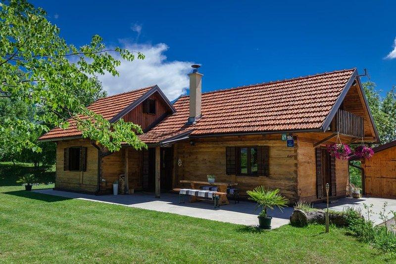 Ferienhaus 4488-1 für 5 Pers. in Rakovica, holiday rental in Rakovica