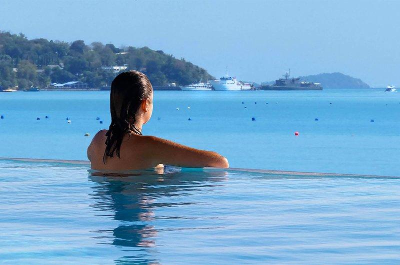 Baan Amandhara, Luxury Beachfront Villa, Phuket - Sleeps 12-18 guests, holiday rental in Phuket Town
