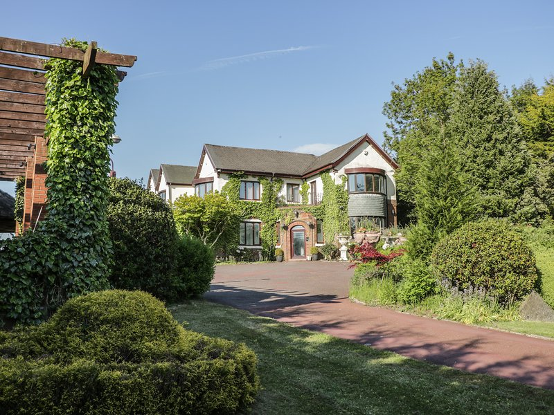 PARK HILL, sauna suite, gym room, cinema room, Ref 965445, casa vacanza a Waddington