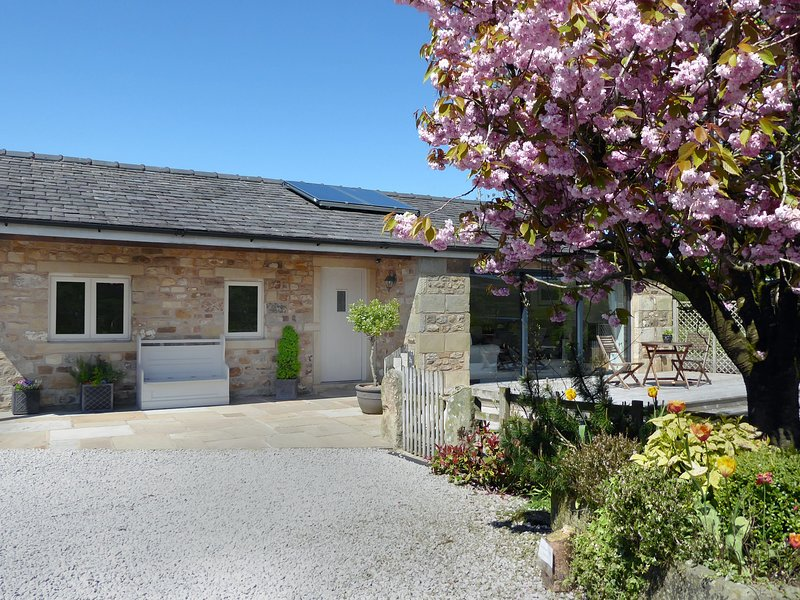 Stone Mouse Cottage, Bolton-By-Bowland, holiday rental in Bolton by Bowland
