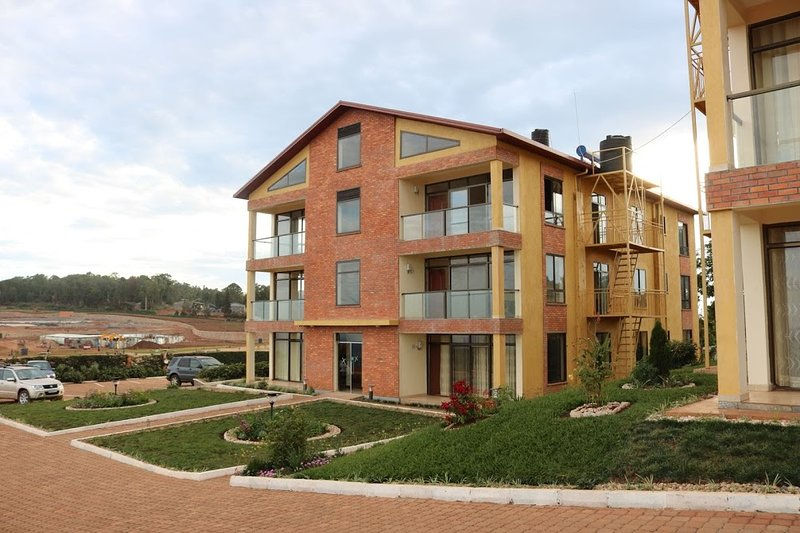 3 bedrooms apartment with swimming pool, location de vacances à Rwanda