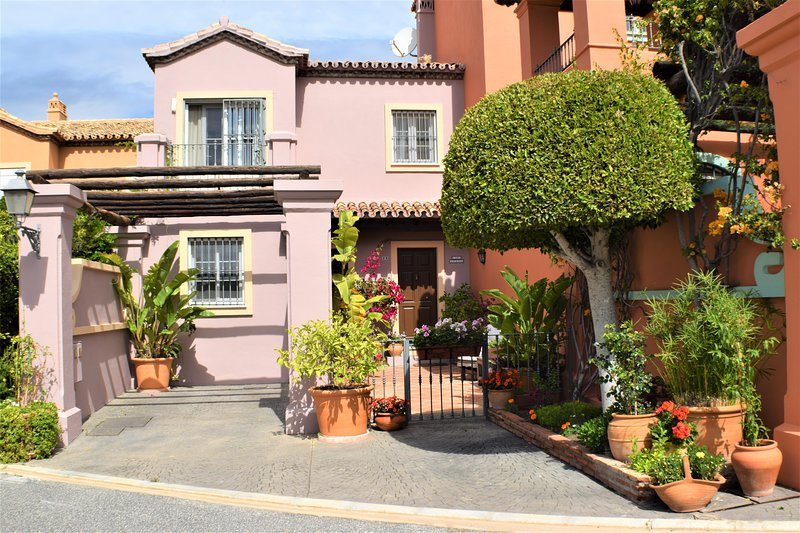 Stunning 3 bed Townhouse for rent