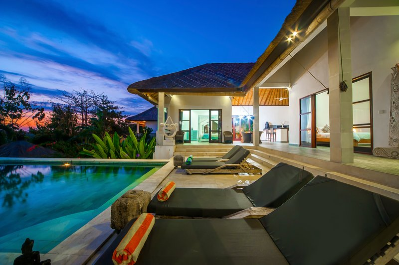 '75% OFF' 3 BR Exclusive Villa Michiko with private pool, vacation rental in Uluwatu
