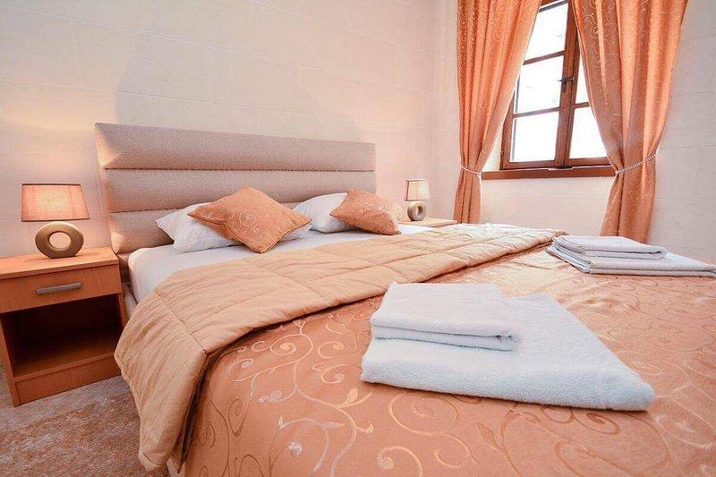 Casa di Cattaro 3, holiday rental in Njegusi
