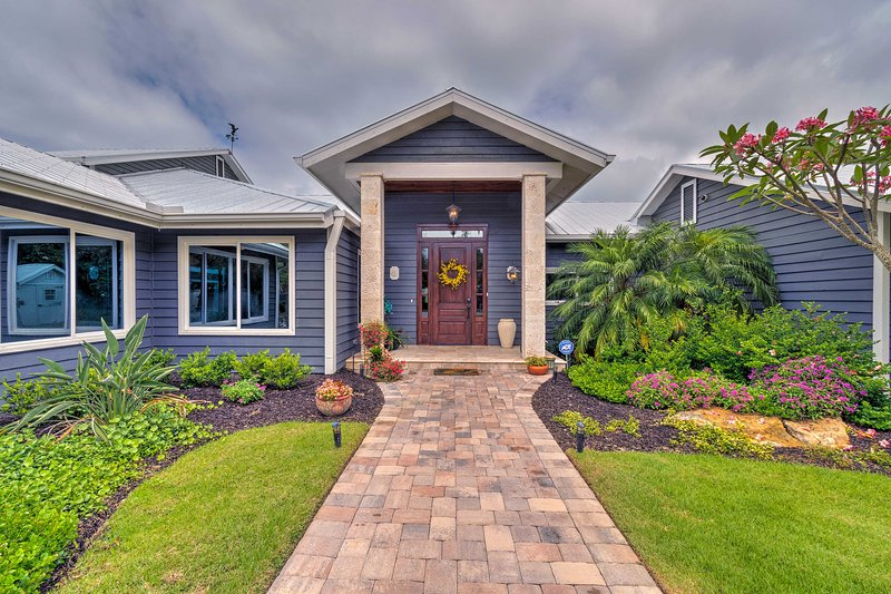 Don't hesitate to book this Nokomis property for an unforgettable getaway!