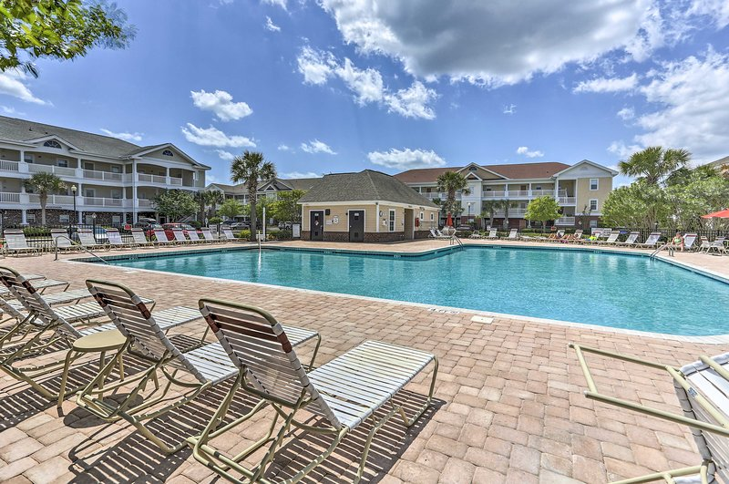 Leave your worries behind at this pristine resort condo in North Myrtle Beach.