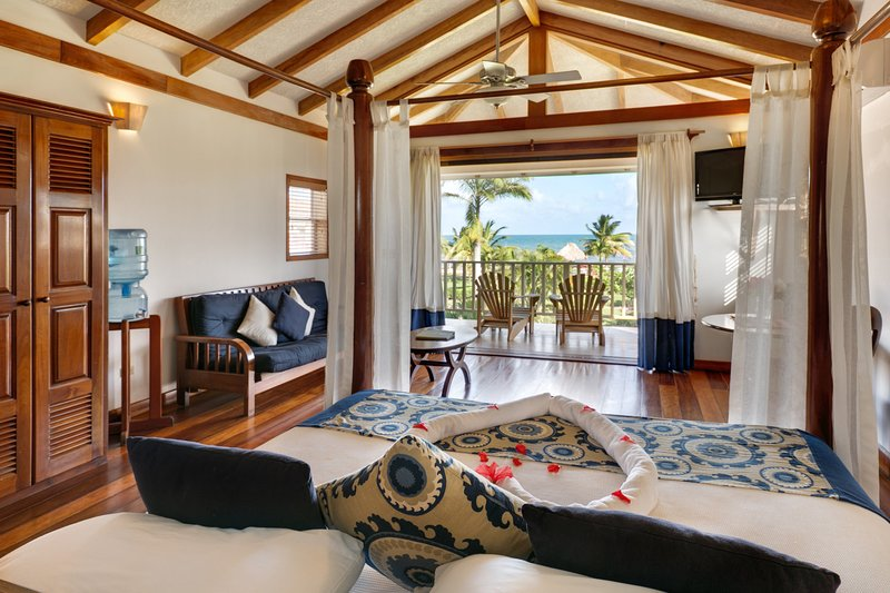 1 Bedroom beachfront apartment – semesterbostad i Dangriga