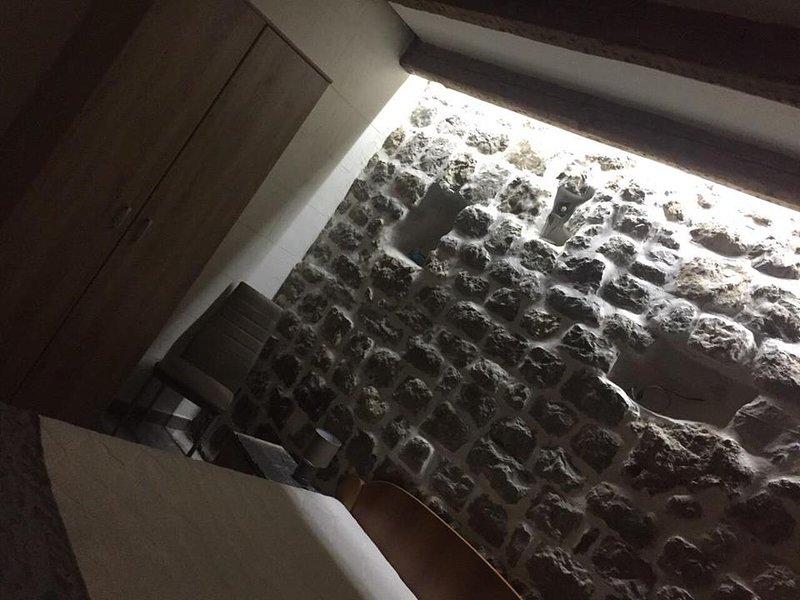 Casa di Cattaro 1, holiday rental in Njegusi