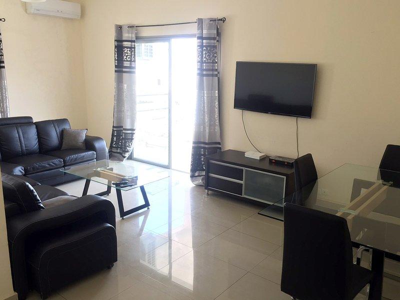Location appartement meublé 2 chambres/salon Dakar Liberté 6 avec climatisation, aluguéis de temporada em Região de Dakar