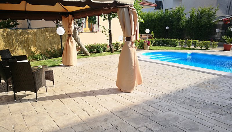 La Residenza del Marchesato - Room Lilla, casa vacanza a Marina di Fuscaldo