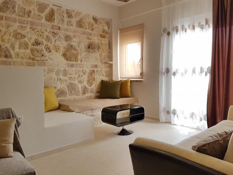 Esterina's apartment in Platania, location de vacances à Platanias