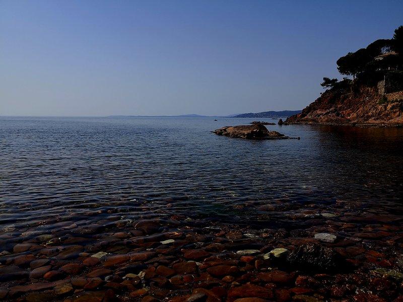 A apprécier tôt le matin ou le soir, pour avoir l'impression de se baigner seuls au monde