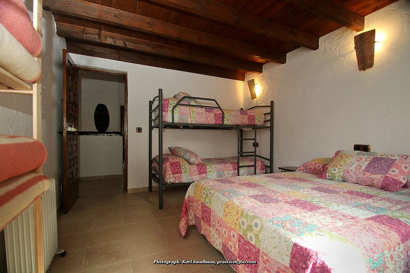 Casa Rural El Molinillo, holiday rental in Benalauria
