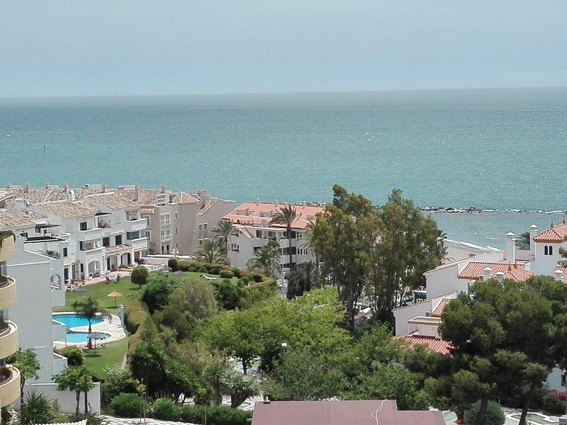 Estudio junto Playa, vistas espectaculares del mar, alquiler de vacaciones en El Arroyo de la Miel