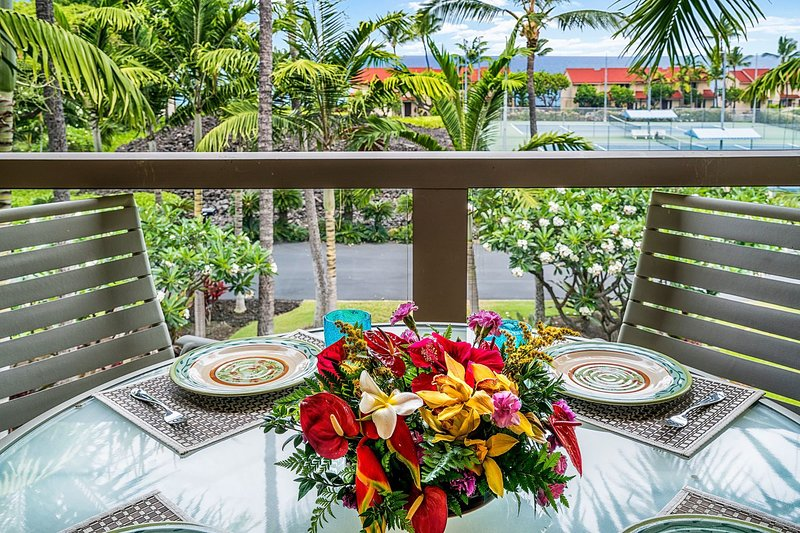Lanai offre des vues sur l'océan et des repas à l'extérieur
