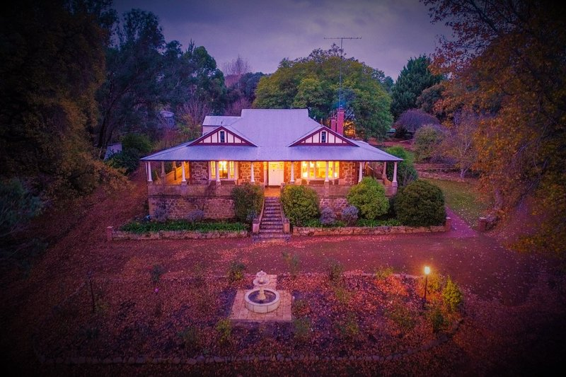 Oakhill House Entire Home Gourmet Festival Region, holiday rental in Boyup Brook