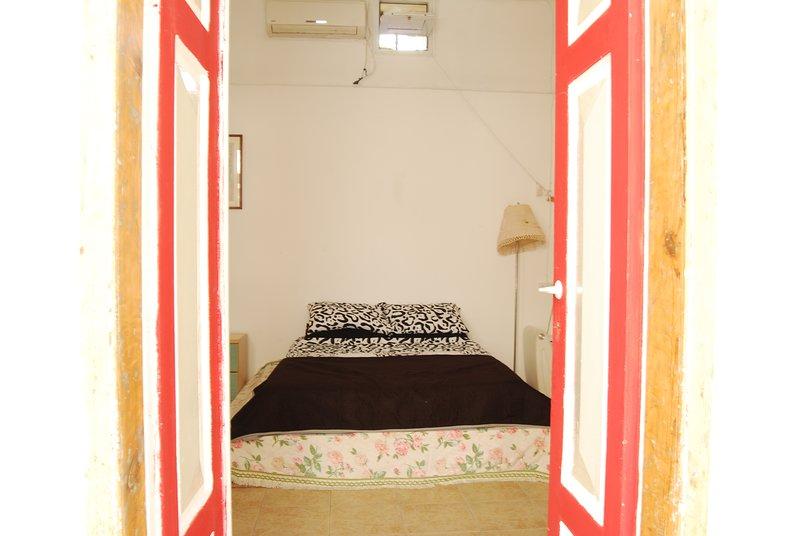 Hidden Jerusalem. city center. expert host, holiday rental in Binyamin Region