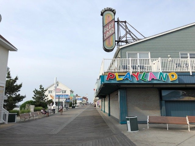 Walk to Boardwalk, Beach and Playland!