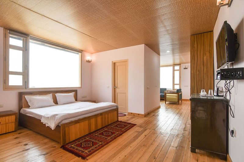 #1 Cozy Suites In an Orchard with Unobstructed View, vacation rental in Fagu