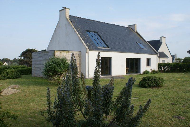 Maison Bretagne vue sur mer Pays des Abers, holiday rental in Plouguerneau