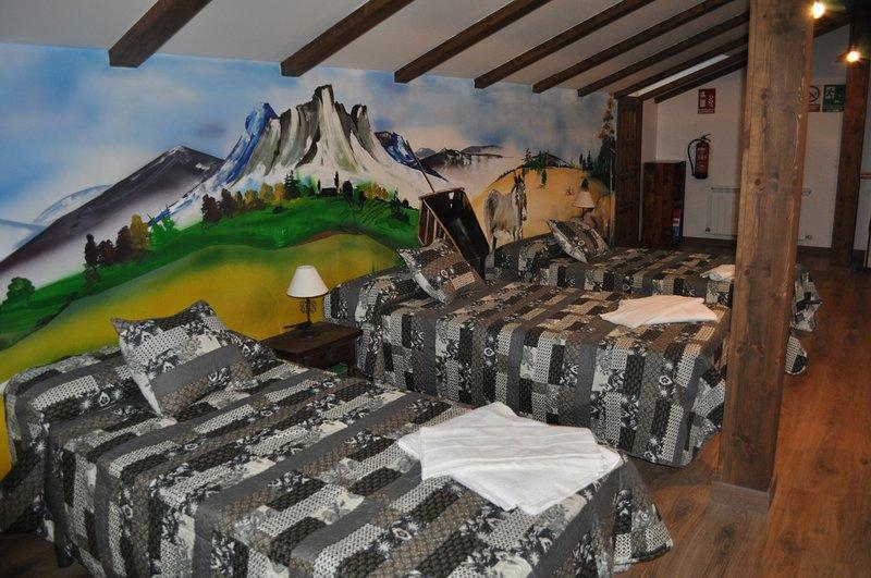 Casa Los 5 caños en Sotillo de la Adrada, holiday rental in Piedralaves